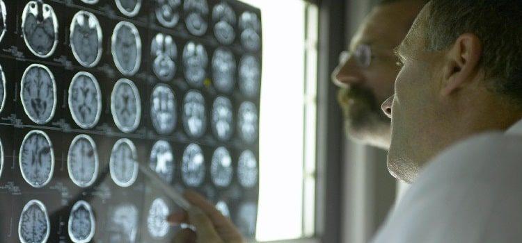 کنترل آلزایمر با استفاده از اینترنت اشیا