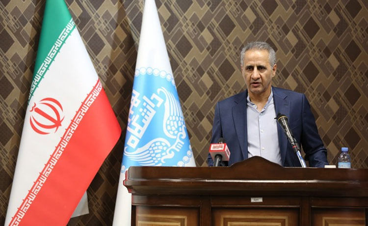 در عراق فرصتهای شغلی زیادی برای پرداختن به کسبوکارهای آنلاین وجود دارد و اگر استارتاپهای ایرانی به صنعت نرمافزاری و آموزشی عراق ورود پیدا کنند موفق و پایدار خواهند بود.»