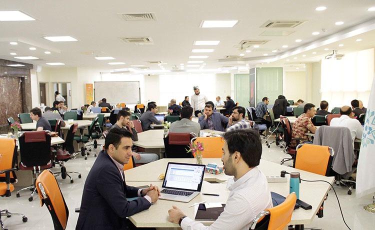 در رویداد کافه سرمایه که با همت کارنکراد و حماتی صندوق نوآوری و شکوفایی برگزار شد 26 استارتاپ با بیش از 70 سرمایهگذار 374 جلسه B2B برگزار کردند.